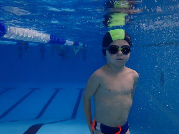 nauka-plywania-dla-niemowlat-poznan-1